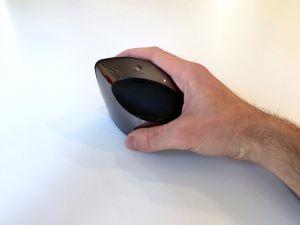 Cận cảnh chuột máy tính có thiết kế dị nhất hành tinh