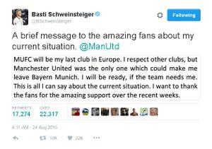 Fan tranh cãi về việc Schweinsteiger quyết ở lại MU