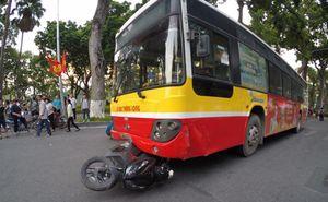 Hà Nội: Xe buýt gây tai nạn liên hoàn, 1 người tử vong