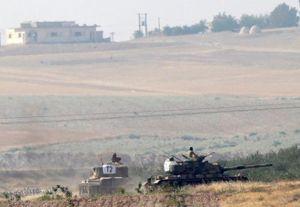 Xe tăng Thổ Nhĩ Kỳ tiến vào Syria bất chấp sự phản đối của Nga