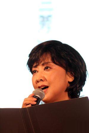 'Tây lương nữ vương' Chu Lâm vẫn đẹp tuổi 64