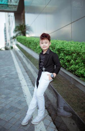 The Voice Kids 2016: Chu Tuấn Ngọc khiến fan ngỡ ngàng với hình tượng 'tiểu soái ca'