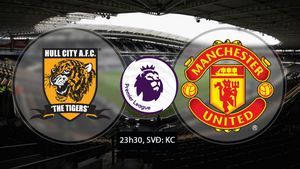 Hull City vs MU (0-0, H1): Ibrahimovic đánh đầu nguy hiểm