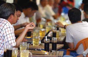 Người Sài Gòn ngồi quán