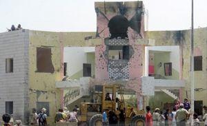 Hiện trường vụ đánh bom kinh hoàng ở Yemen