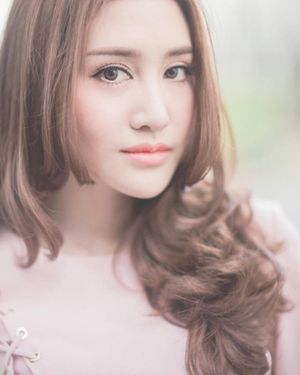 Hot girl Thái Lan khoe giọng hát ngọt lịm đốn tim cư dân mạng