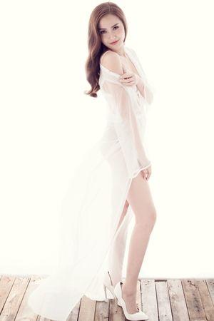 Khánh Ngân được mời trình diễn ở New York Couture Fashion Week