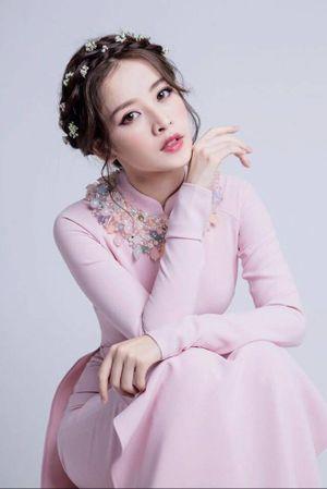 Make up tone hồng - có thực sự sến và nhạt nhòa?
