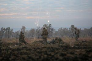 Mục kích lính Mỹ đối phó với vũ khí hóa học