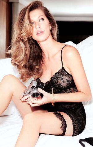Kendall Jenner - Gigi Hadid 'đánh bại' Miranda Kerr và loạt siêu mẫu đàn chị về thu nhập