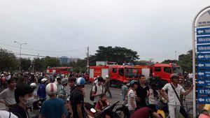 Cháy lớn ở khu mua sắm của sinh viên làng đại học Thủ Đức