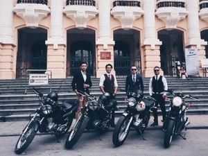 Hôm nay, dân tình siêu choáng với '500 anh em' mặc suit, cưỡi motor cực bảnh đi khắp Hà Nội