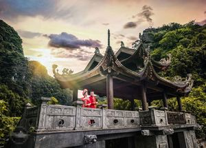 DJ Wang Trần – Thanh Nhân tiếp tục gây bão bằng ảnh cưới như phim 'Tấm Cám'