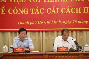 Bí thư Đinh La Thăng: Công viên chức TP.HCM làm việc nhiều, 'lương vẫn thế'