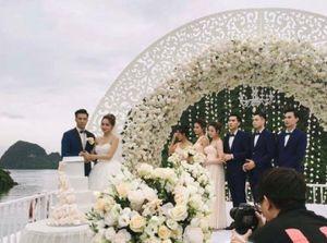 Lộ ảnh cưới ca sĩ Hương Giang Idol?