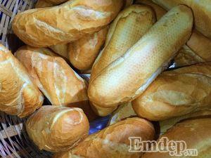 Đổi gió mùa mưa với bánh mì bò nướng Campuchia 'gây sốt'
