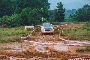Bán tải Chevrolet Colorado chiến thắng tại Vietnam Offroad Cup 2016