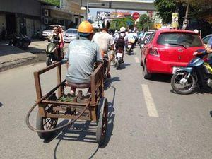 Hà Nội: Nhiều 'máy chém' vẫn nghênh ngang diễu phố