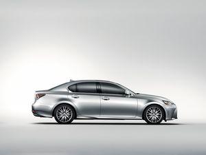 Lexus GS Turbo 2016 ra mắt giá 3,13 tỷ đồng