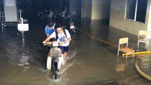 Xe máy 'chết chìm' ở KTX, sinh viên được hỗ trợ... 60.000 đồng sửa xe
