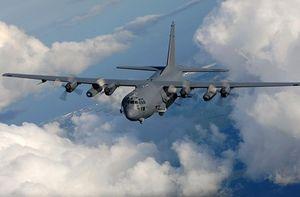 """Khiếp sợ: """"Hung thần"""" AC-130 sẽ được trang bị pháo laser"""