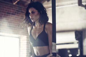 Đường cong nóng bỏng của mỹ nhân Hollywood Jenna Dewan