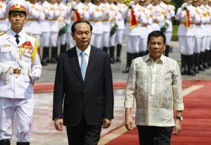 Cận cảnh lễ đón chính thức Tổng thống Philippines