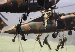 """Nhật đối phó nguy cơ """"đóng cửa"""" Biển Đông, xung đột Hoa Đông"""