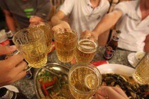 Thế giới 'sởn da gà' nghe chuyện 'Việt Nam là quốc gia say xỉn'