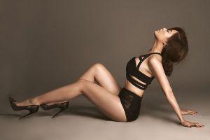 Hoàng Thùy Linh 'phá bỏ giới hạn' trong đêm chung kết Next Top Model