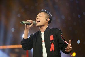 Trực tiếp Chung kết trao giải Vietnam Idol 2016: Quán quân gọi tên ai?