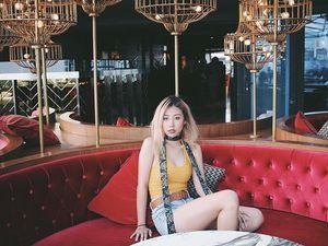 Tiểu thư, thiếu gia Singapore khoe cuộc sống giàu sang