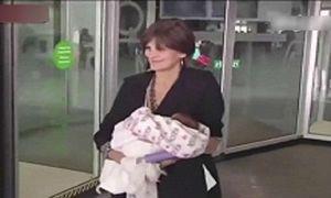 Chuyện lạ: Người phụ nữ sinh con sau 20 năm mãn kinh