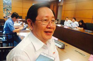 Bộ trưởng Nội vụ: Đang chờ báo cáo về 'cả họ làm quan'