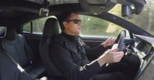 Tesla tích hợp phần cứng lái xe tự động Level 5 cho tất cả mẫu xe