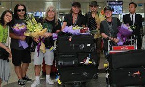 Ban nhạc huyền thoại Scorpions vừa đặt chân đến Việt Nam, sẵn sàng 'bùng cháy' tại Monsoon