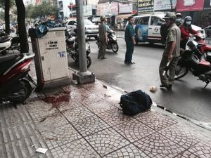Chém gần lìa tay ở Sài Gòn