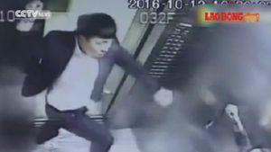 Phàn nàn vì khói thuốc, người phụ nữ Trung Quốc bị đánh tàn bạo