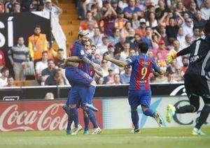 Barca thắng nghẹt thở Valencia 3 - 2 ở phút bù giờ định mệnh