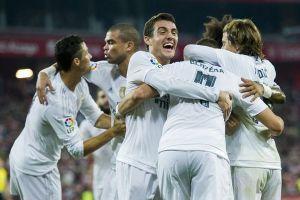 Ronaldo hóa chân gỗ, Real suýt ôm hận tại Bernabeu
