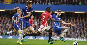 Mourinho mờ nhạt trước Conte, MU thảm bại 0-4 trước Chelsea