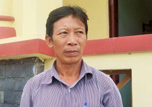Trưởng thôn trần tình việc thu tiền cứu trợ lũ lụt