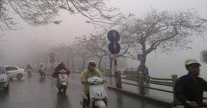 Tối mai Hà Nội đón không khí lạnh, miền Trung mưa liên tiếp 6 ngày