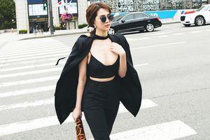 Ngọc Trinh khoe eo thon, ngực đầy dạo phố Hàn Quốc