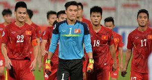 Dư âm U19 Việt Nam 0-3 U19 Nhật Bản: Tuyệt vời Bùi Tiến Dũng