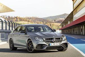 Ra mắt 'siêu sedan' Mercedes AMG E 63 2017 nhanh tựa siêu xe