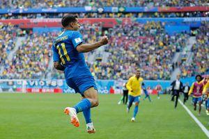 Coutinho khiến Neymar lu mờ