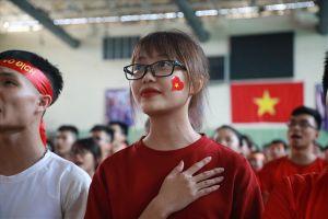 U23 Việt Nam không chiến thắng, CĐV vẫn hô vang: 'Tôi yêu U23 Việt Nam'
