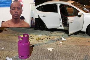 Bắt gã côn đồ đập phá ô tô, cướp xe máy của tài xế Grab