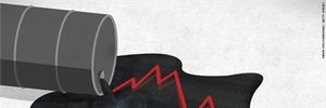 Dầu lao dốc 8%/tuần, xăng rớt mốc 1 USD lần đầu tiên từ cuối 2008